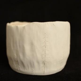 素焼き風のハンドメイドの植木鉢(プランター) 白