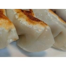 【43年上のプロが作るハイレベル!無ニンニクの手作り餃子。焼餃子水餃子どちらでも美味しい。】冷凍生餃子Lサイズ(約33g上)30個
