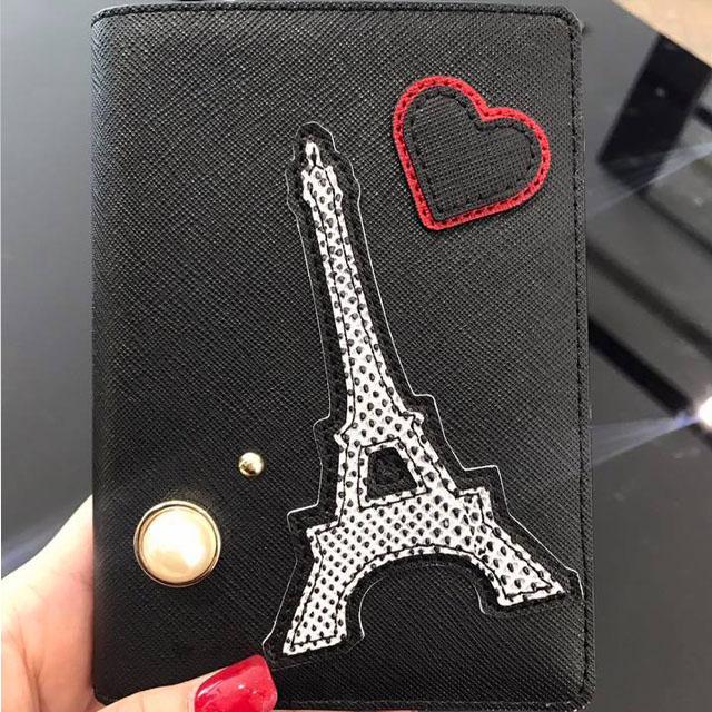 【Karl Lagerfeld】珍珠鐵塔愛心貓咪護照夾