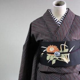 落ち着いたマルチストライプ斜め変わりボーダーは帯で遊べます 裄70cm ウール 和裁師手縫い着物