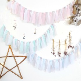 antique color garland*