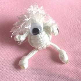 パラコード人形 白丸