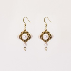 Omni Central Beaded Pearl Earrings/Clips