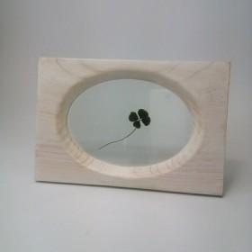 クリーミーホワイトのフォトフレーム 楕円 シンプル 木製