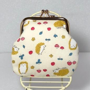 ハリネズミ柄がま口財布