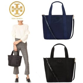 Qoo10クーポン使えます♪ TORY BURCH ☆ QUINN SMALL ZIP TOTE