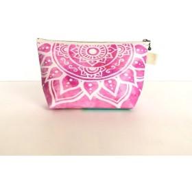 モロッコ風手描き曼荼羅模様 ピンクのエスニックポーチ【春・夏】自分用にもプレゼントにも♪