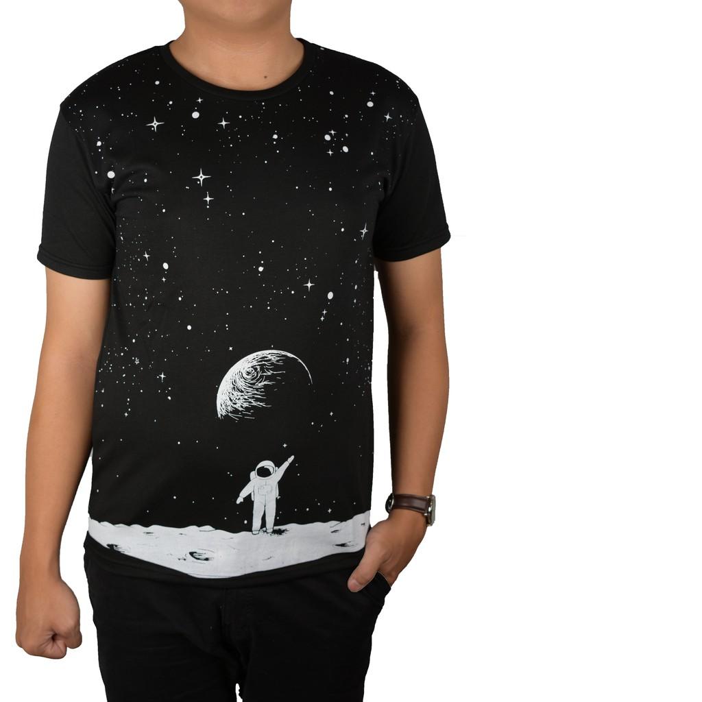 Simpleclothes kaos distro hitam dan putih motif astronot kaos pria kaos  cowok baju cowok hitam jpg f96d6d339b