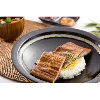 うなぎ蒲焼Bセット(約200g×3尾,きざみ鰻50g×2袋,タレ・山椒付)