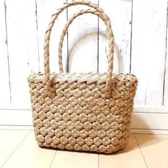 花結び編みのバッグ★かごバッグ★ナチュラル