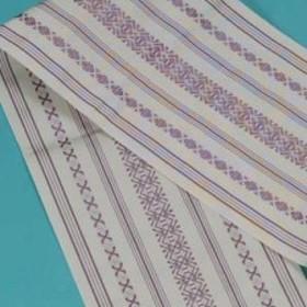 送料無料 正絹 本場筑前博多織(単) ゆかた帯(献上柄・白地に紫) 半幅帯 浴衣帯 袴用帯 袴帯 竺仙などの浴衣に最適です。 メール便OK