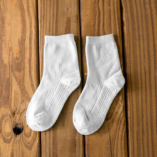 襪子 防滑按摩兒童短襪 透氣親膚 上學旅行 校外教學 優質棉 新款純色 觸感舒適 防滑耐穿 棉襪【FSC014】收納女王