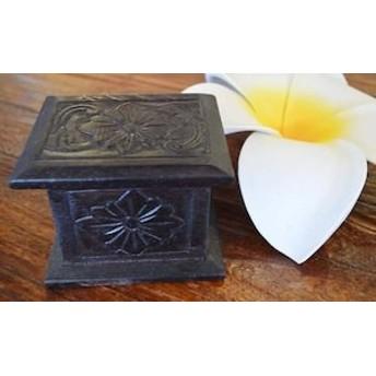アジアン雑貨 【ロンボクバリ島の彫刻ミニBOX【S】】 おしゃれ インテリア 小物入れ 鍵入れ エスニック