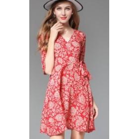 ワンピース 赤ワンピ  ひざ丈 袖あり 五分丈 20代 30代  夏 Vネック 花柄 ゆったり リゾート サマーワンピ 大人可愛い かわいい デート