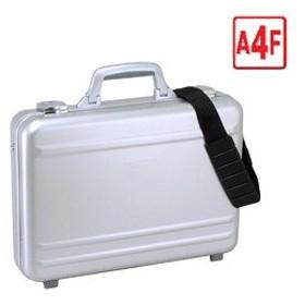 d7525149b2 PC対応アルミ製アタッシュケース□A4ファイル対応 42cm□錠前付/ショルダーベルト