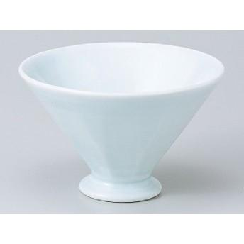 青白磁錐鉢