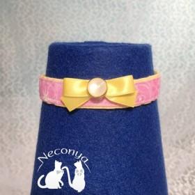 【猫さん用 ラメ入りピンクのチョーカー】ピンク×イエロー/ 磁石留め /幅 1.5cm /長 24 28cmで調整可
