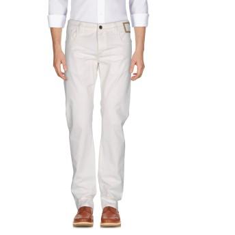 《期間限定 セール開催中》CAMOUFLAGE AR AND J. メンズ パンツ ホワイト 29 コットン 97% / ポリウレタン 3%