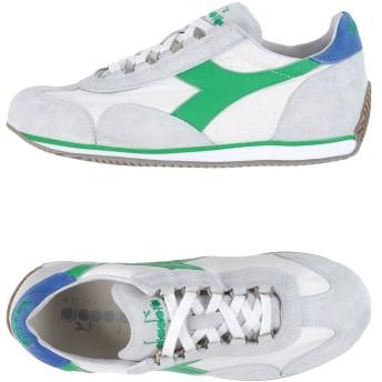 《セール開催中》DIADORA HERITAGE メンズ スニーカー&テニスシューズ(ローカット) ライトグレー 4 革 / 紡績繊維