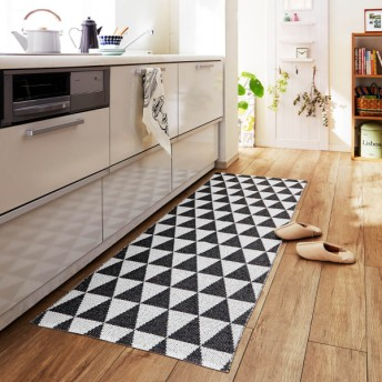 キッチンマット お手入れ簡単スウェーデン製北欧デザインのマット アサール ブラック×ホワイト 約70×150