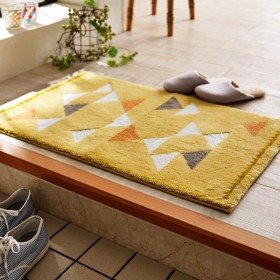 玄関マット おしゃれ マット 日本製 幾何学柄の洗えるウィルトン織り玄関マット イエロー 約45×75