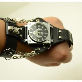 コスプレ チェーン 手の甲 腕時計 ウケ狙い スカルヘッド アイテム 装備 HAND-WATCH