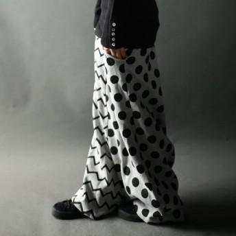 至高のお洒落をお約束。サルエルワイドパンツ・人気素材のミニ裏毛、ずっと着たい。幾何学ドットが斬新さを表現##メール便不可