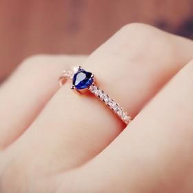 レディース 指輪 リング ハート ラインストーン ビジュー キラキラ 細め 細い きれい 可愛い かわいい キュート ジュエリー ファッション 雑貨