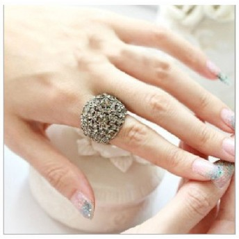 指輪 リング ジュエリー レディース キラキラ ジオメトリック キュービックジルコニア ビック アクセサリー シンプル カジュアル きれい 上品 可愛