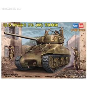 HOBBY BOSS 1/48 M4A1 シャーマン 76mm砲塔載型 プラモデル 84801(F0890)