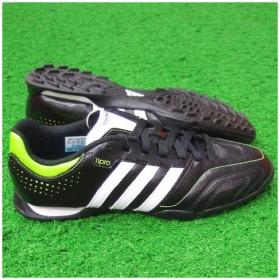 11クエストラ TRX TF ブラック×ランニングホワイト 【adidas|アディダス】サッカートレーニングシューズv23709