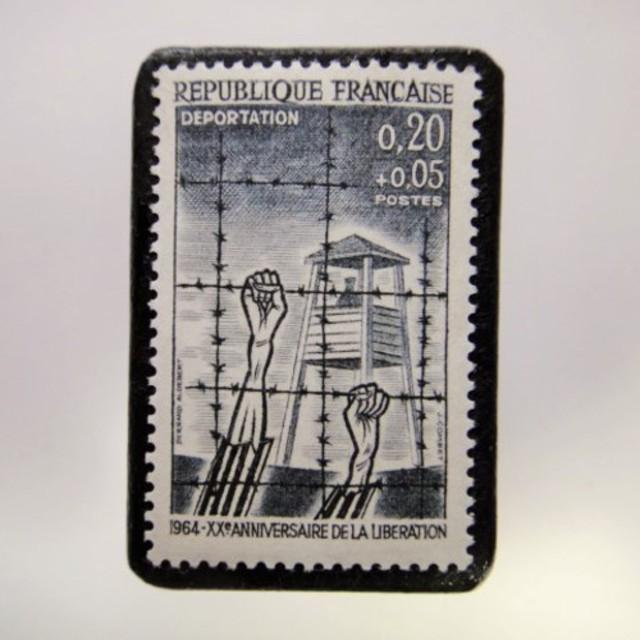 フランス 切手ブローチ3851