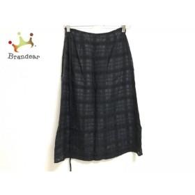 ロイスクレヨン スカート サイズM レディース 美品 黒×ダークグレー 刺繍/チェック柄             スペシャル特価 20190904