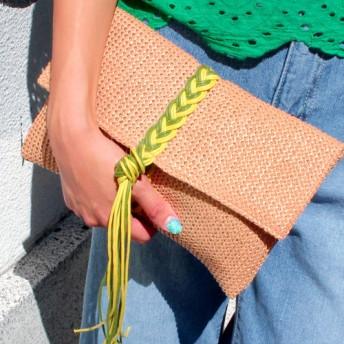 ●編み紐デザインクラッチバッグ