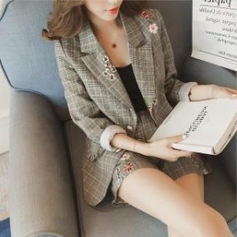 ジャケット&ショートパンツ セットアップ 花刺繍が女性らしい