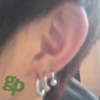 ベリーメロンさんの耳のボディピアス写真★キャプティブビーズリング/6ゲージ(GG)(M)