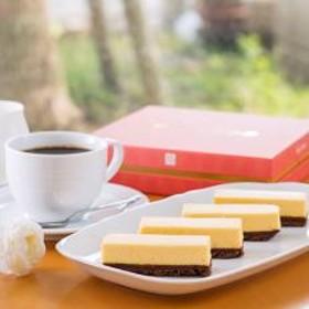 【宮崎県産マンゴー使用】完熟マンゴーチーズケーキ「フロマルージュ」12本セット