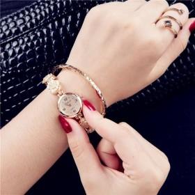 腕時計 アナログ ラウンドウォッチ レディース ラインストーン キラキラ 秒針 バラ 薔薇 おしゃれ 上品 きれいめ 大人可愛い かわいい ガーリー