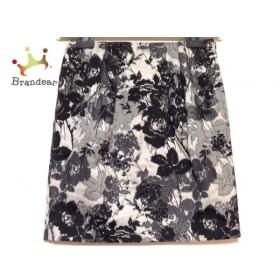 トゥモローランド TOMORROWLAND スカート サイズ36 S レディース 黒×白×マルチ 花柄              値下げ 20191020