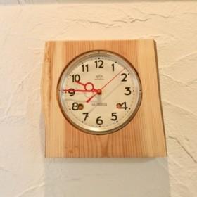 アンティーク文字盤の電波時計