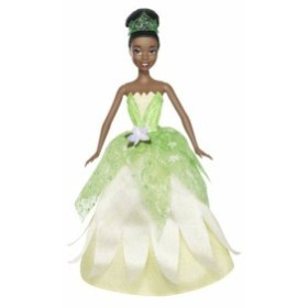 プリンセスと魔法のキスDisney Princess 2-In-1 Ballgown Surprise Tiana Doll