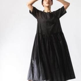 綿ローンのギャザーワンピース 半袖 黒 S,Mサイズ