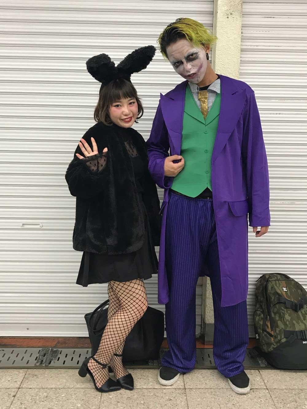 ジョーカーと黒ウサギのコーデ
