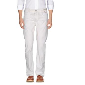 《期間限定 セール開催中》CAMOUFLAGE AR AND J. メンズ パンツ アイボリー 36 コットン 97% / ポリウレタン 3%