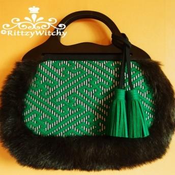 【受注生産】ベトナム買い付け木製ハンドルの刺し子風、紗綾形模様 グラニーファーバッグ(緑)