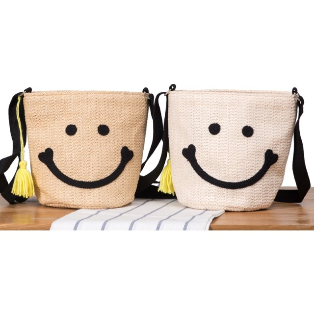 スマイル バッグ バケツ型 ショルダーバッグ かごバッグ トートバッグ かばん レディース 韓国 籠バッグ サマーバッグ 天然素材 ストローバッグ