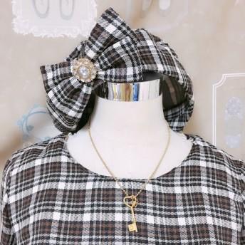 秋風のチェックワンピース&ベレー帽