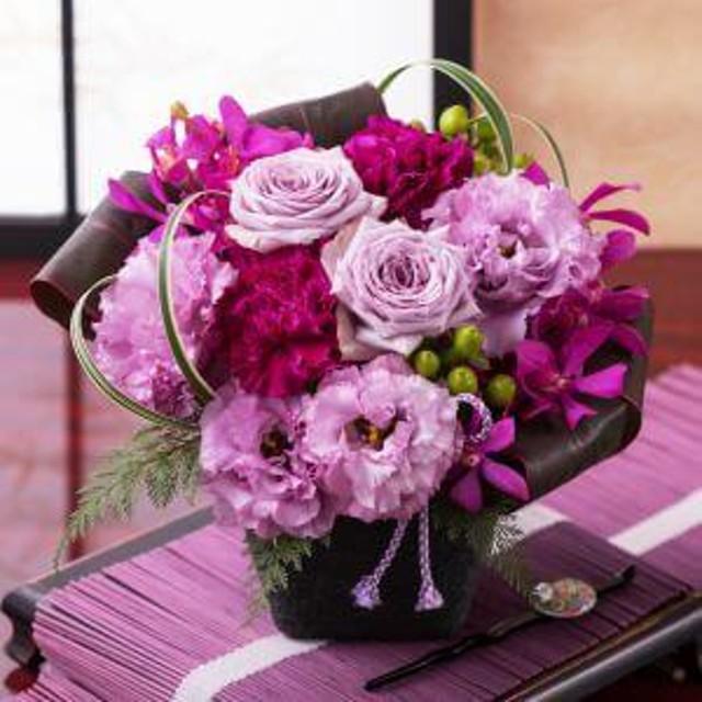 【最速で翌日配送対応】アレンジメント「和花の贈り物=紫(ゆかり)=」