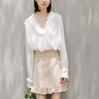 売れ筋 おすすめ 白シャツ フリル ガーリー Vネック シンプル フェミニン 可愛い ふんわり