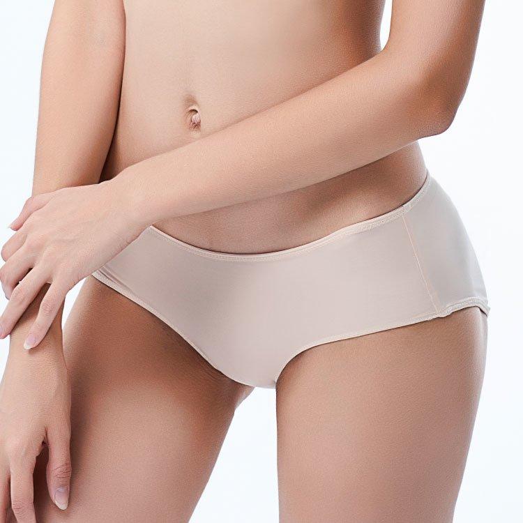 六甲村 零著感超彈性低腰孕婦內褲-黃金膚